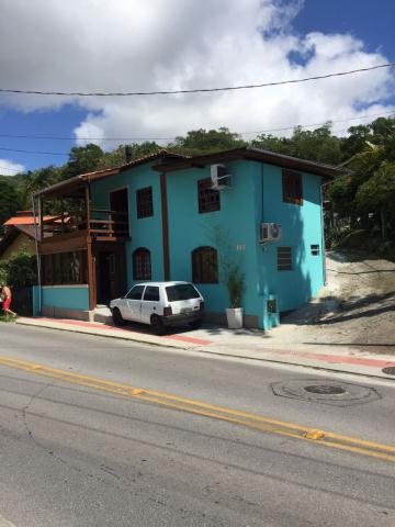 Casa-Codigo-703-a-Venda-no-bairro-Canto-da-Lagoa-na-cidade-de-Florianópolis