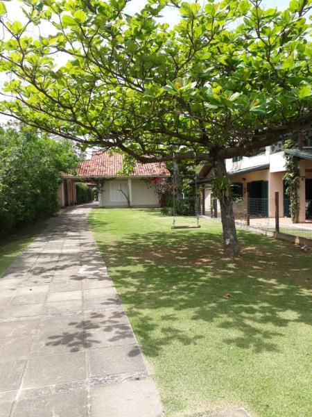 Casa-Codigo-706-para-Alugar-na-temporada-no-bairro-Lagoa-da-Conceição-na-cidade-de-Florianópolis