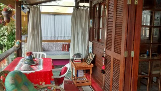 Casa-Codigo-729-a-Venda-no-bairro-Lagoa-da-Conceição-na-cidade-de-Florianópolis