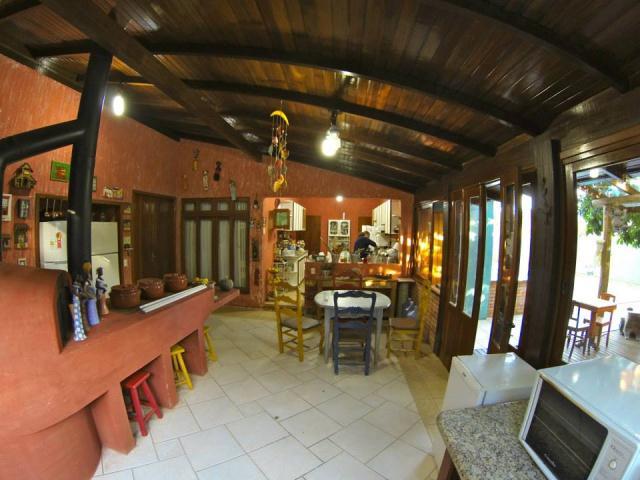 Casa-Codigo-739-a-Venda-no-bairro-Lagoa-da-Conceição-na-cidade-de-Florianópolis