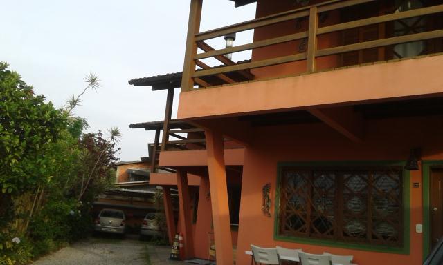 Casa-Codigo-751-a-Venda-no-bairro-Rio-Tavares-na-cidade-de-Florianópolis