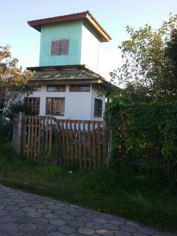 Casa-Codigo-811-a-Venda-no-bairro-Barra-da-Lagoa-na-cidade-de-Florianópolis