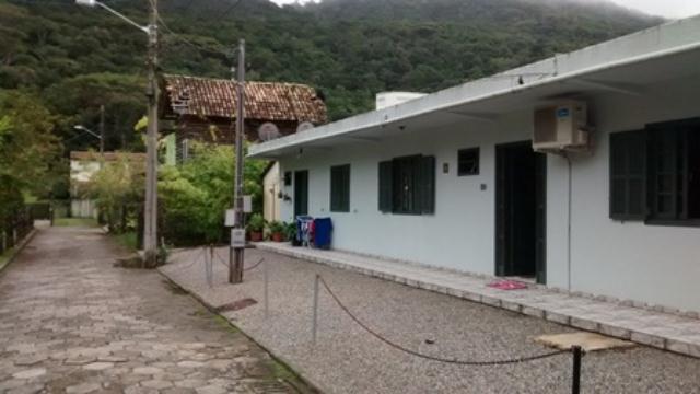 Casa-Codigo-827-a-Venda-no-bairro-Lagoa-da-Conceição-na-cidade-de-Florianópolis