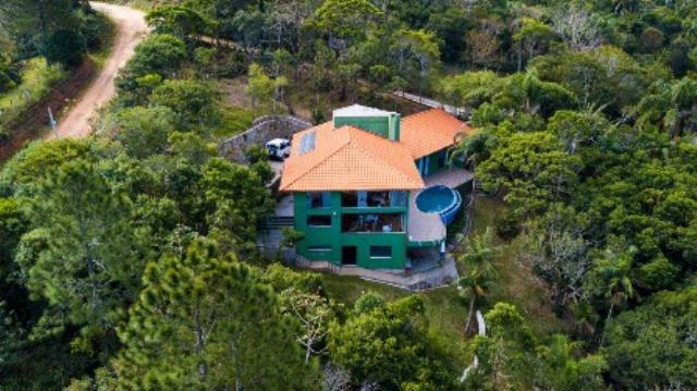 Casa-Codigo-886-a-Venda-no-bairro-Pântano-do-Sul-na-cidade-de-Florianópolis