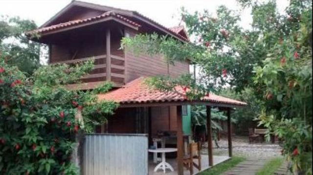 Casa-Codigo-889-a-Venda-no-bairro-São-João-do-Rio-Vermelho-na-cidade-de-Florianópolis