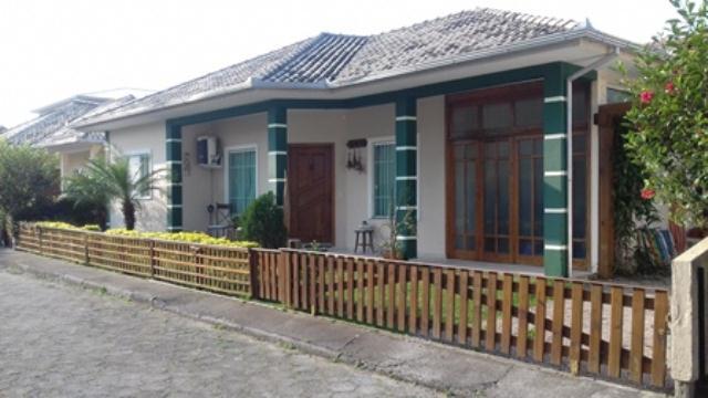 Casa-Codigo-897-a-Venda-no-bairro-Ingleses-do-Rio-Vermelho-na-cidade-de-Florianópolis