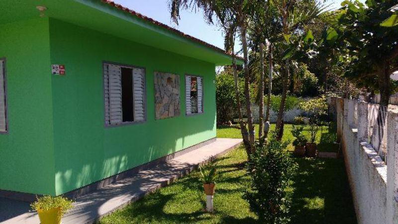 Casa-Codigo-908-a-Venda-no-bairro-Campeche-na-cidade-de-Florianópolis