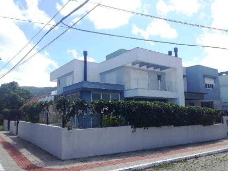 Casa-Codigo-924-para-alugar-no-bairro-Lagoa-da-Conceição-na-cidade-de-Florianópolis