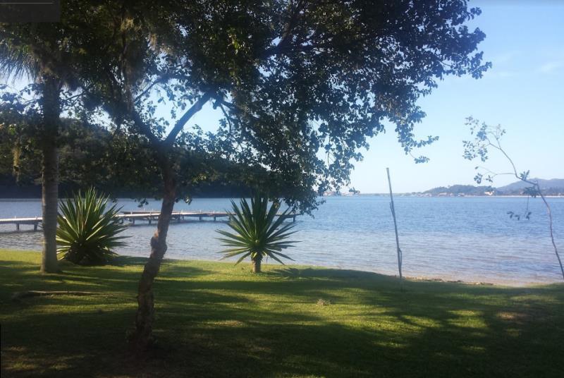Terreno-Codigo-930-a-Venda-no-bairro-Lagoa-da-Conceição-na-cidade-de-Florianópolis