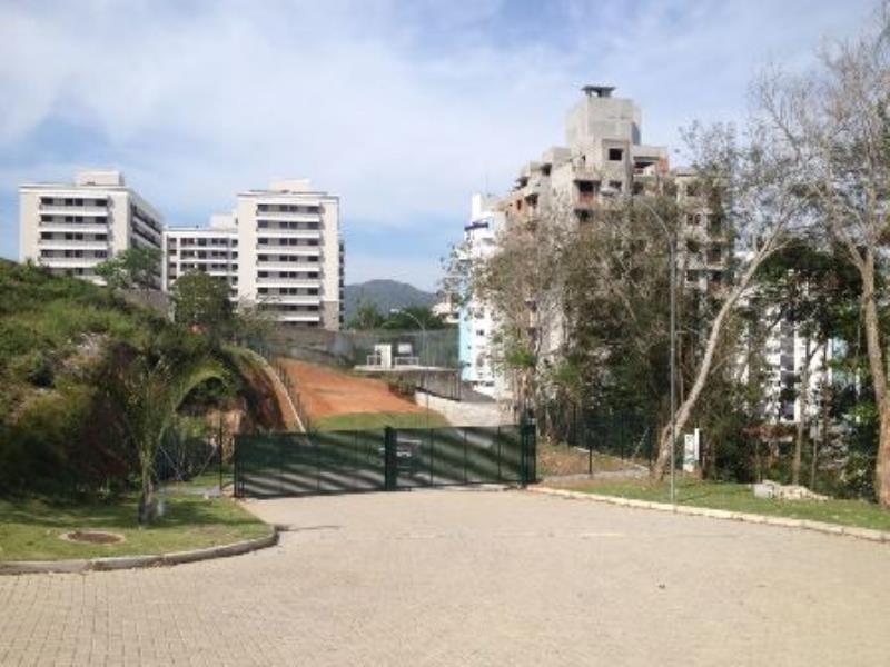 Terreno-Codigo-942-a-Venda-no-bairro-Itacorubi-na-cidade-de-Florianópolis