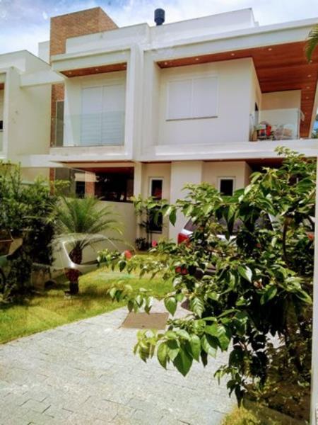 Casa-Codigo-1019-a-Venda-no-bairro-Lagoa-da-Conceição-na-cidade-de-Florianópolis