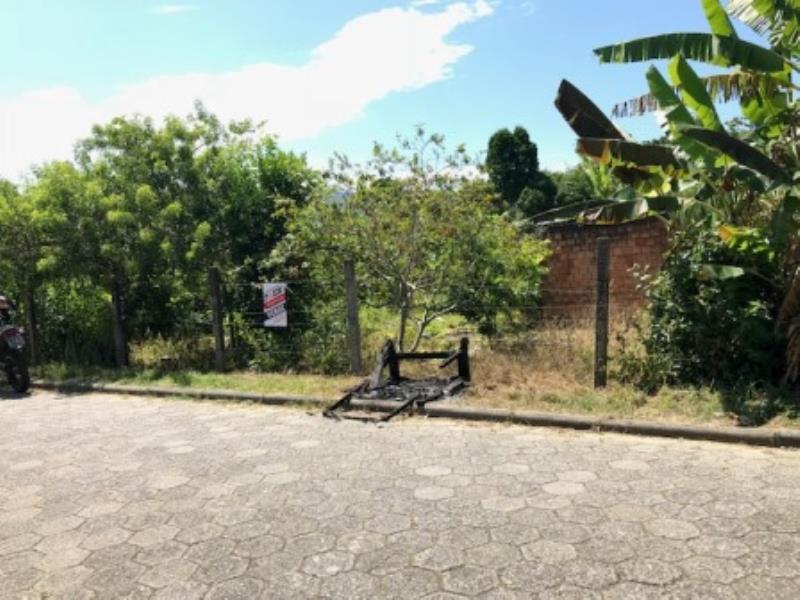 Terreno-Codigo-1048-a-Venda-no-bairro-Joaquina-na-cidade-de-Florianópolis