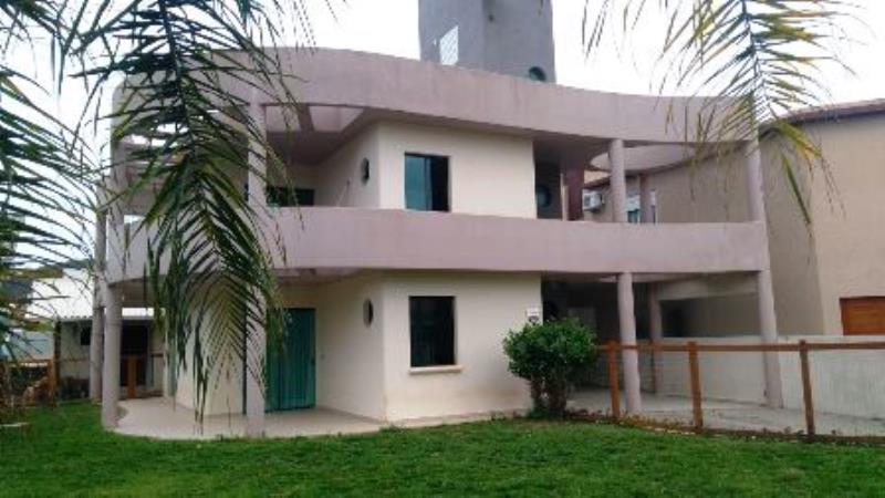 Casa-Codigo-1073-a-Venda-no-bairro-Barra-da-Lagoa-na-cidade-de-Florianópolis