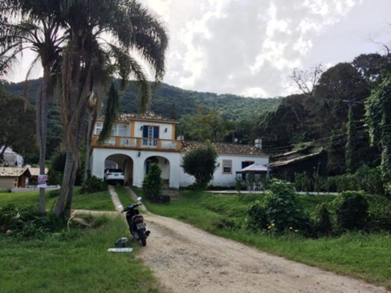 Casa-Codigo-1086-a-Venda-no-bairro-Lagoa-da-Conceição-na-cidade-de-Florianópolis