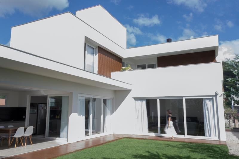 Casa-Codigo-1109-a-Venda-no-bairro-Lagoa-da-Conceição-na-cidade-de-Florianópolis