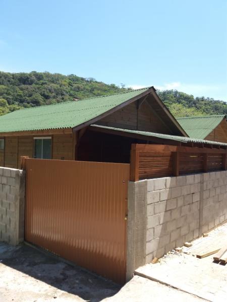 Casa-Codigo-1114-a-Venda-no-bairro-Rio-Tavares-na-cidade-de-Florianópolis