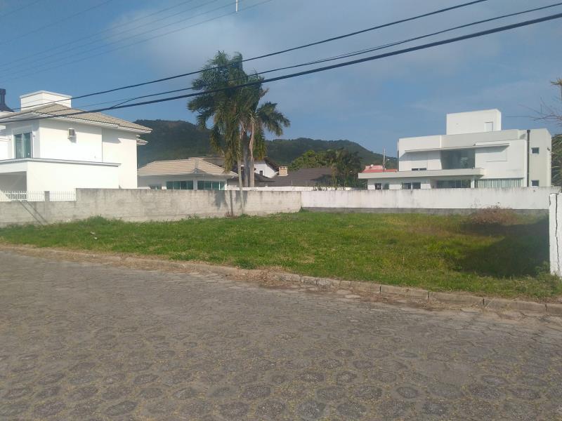 Terreno-Codigo-1169-a-Venda-no-bairro-Barra-da-Lagoa-na-cidade-de-Florianópolis
