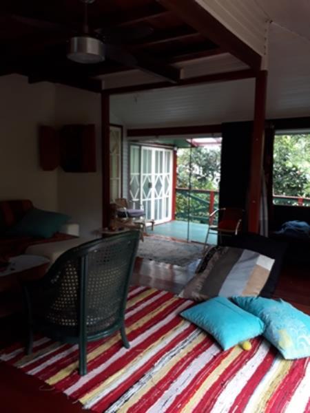 Casa-Codigo-1200-para-Alugar-na-temporada-no-bairro-Lagoa-da-Conceição-na-cidade-de-Florianópolis