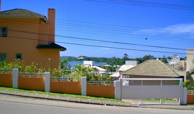 Casa-Codigo-1207-a-Venda-no-bairro-Lagoa-da-Conceição-na-cidade-de-Florianópolis