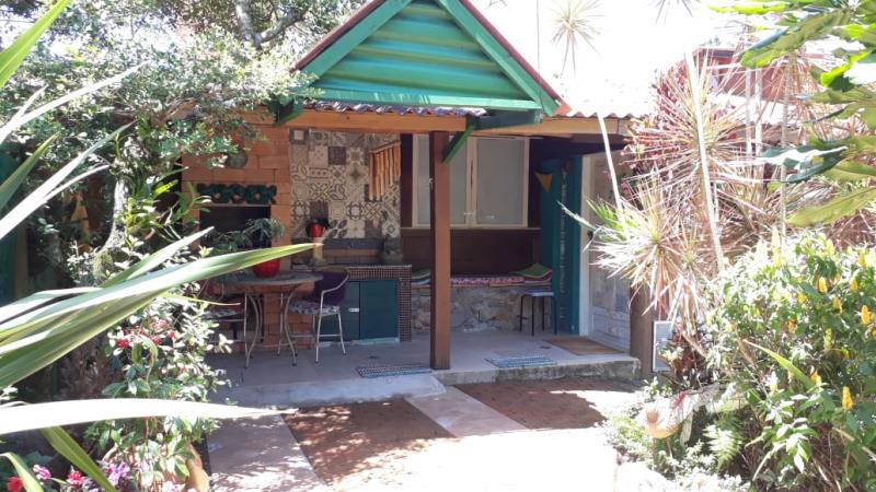 Casa-Codigo-1233-para-Alugar-na-temporada-no-bairro-Campeche-na-cidade-de-Florianópolis