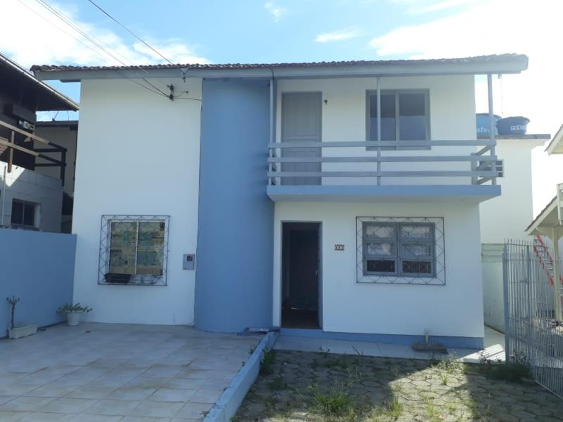 Casa-Codigo-1248-para-alugar-no-bairro-Lagoa-da-Conceição-na-cidade-de-Florianópolis