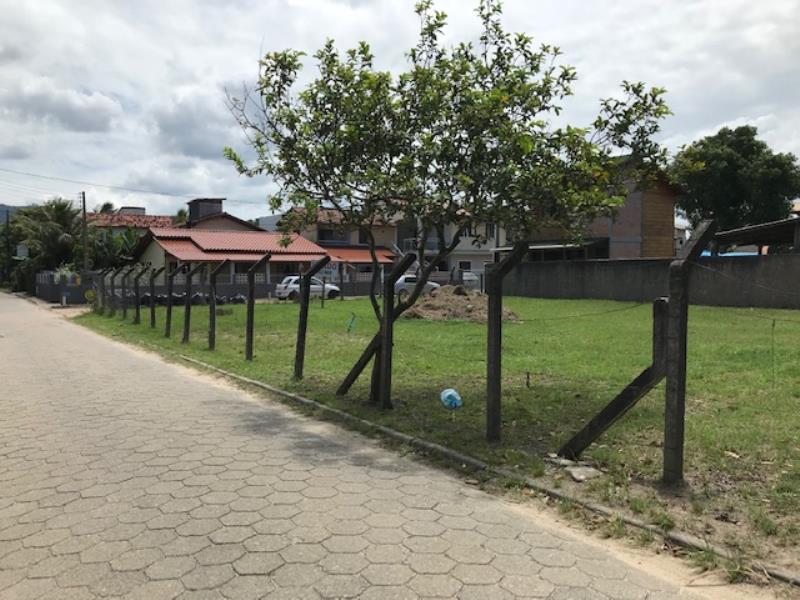 Terreno-Codigo-1264-a-Venda-no-bairro-Barra-da-Lagoa-na-cidade-de-Florianópolis