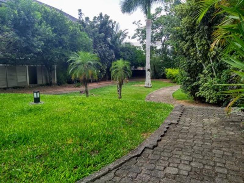 Terreno-Codigo-1271-a-Venda-no-bairro-Lagoa-da-Conceição-na-cidade-de-Florianópolis