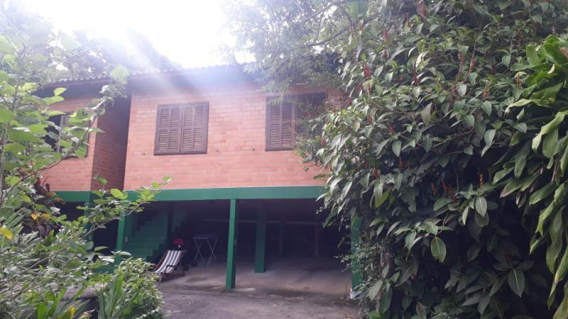 Casa-Codigo-1275-para-alugar-no-bairro-Lagoa-da-Conceição-na-cidade-de-Florianópolis