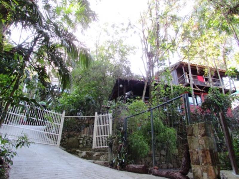 Casa-Codigo-1285-para-alugar-no-bairro-Lagoa-da-Conceição-na-cidade-de-Florianópolis