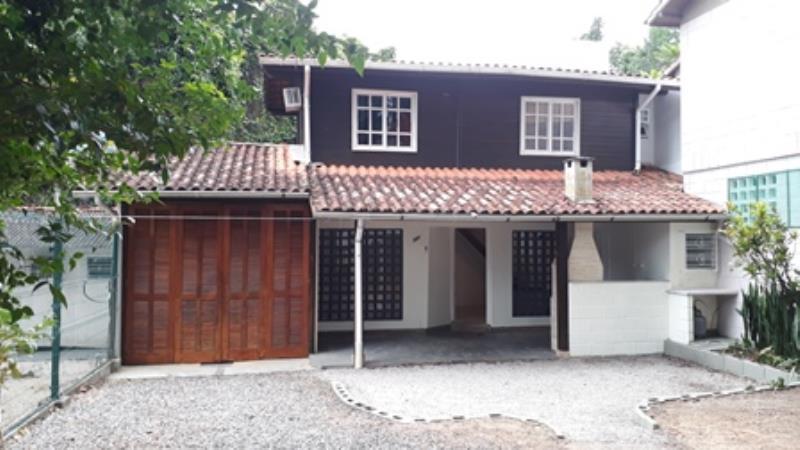 Casa-Codigo-1296-para-alugar-no-bairro-Lagoa-da-Conceição-na-cidade-de-Florianópolis