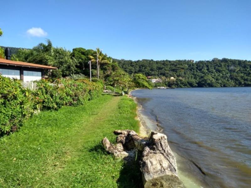 Terreno-Codigo-1299-a-Venda-no-bairro-Lagoa-da-Conceição-na-cidade-de-Florianópolis