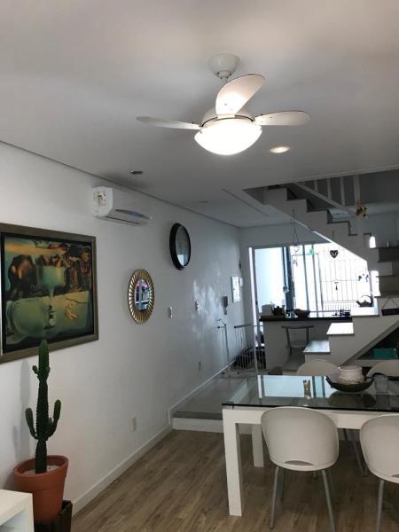 Casa-Codigo-1303-a-Venda-no-bairro-Lagoa-da-Conceição-na-cidade-de-Florianópolis