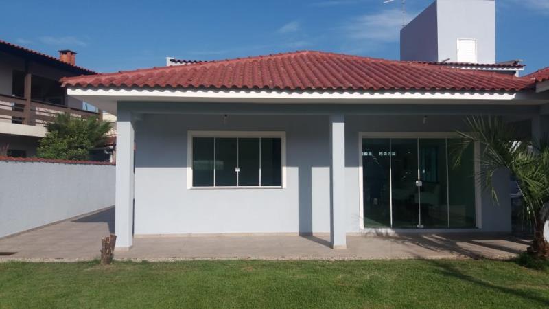 Casa-Codigo-1304-a-Venda-no-bairro-Lagoa-da-Conceição-na-cidade-de-Florianópolis