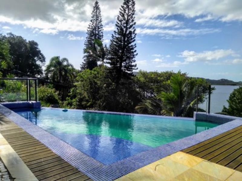 Casa-Codigo-1324-a-Venda-no-bairro-Lagoa-da-Conceição-na-cidade-de-Florianópolis