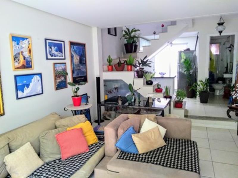 Casa-Codigo-1333-a-Venda-no-bairro-Lagoa-da-Conceição-na-cidade-de-Florianópolis