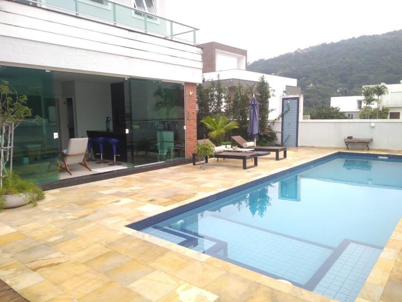 Casa-Codigo-1334-para-alugar-no-bairro-Lagoa-da-Conceição-na-cidade-de-Florianópolis