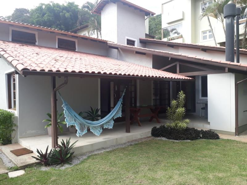 Casa-Codigo-1339-para-alugar-no-bairro-Lagoa-da-Conceição-na-cidade-de-Florianópolis