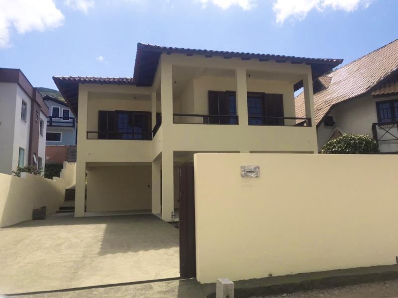 Casa-Codigo-1443-a-Venda-no-bairro-Lagoa-da-Conceição-na-cidade-de-Florianópolis