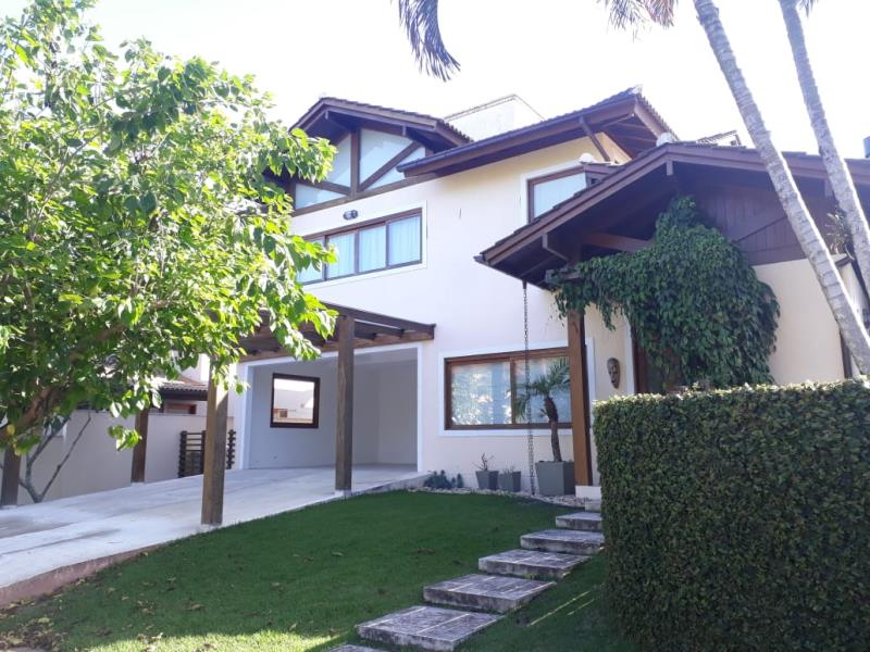 Casa-Codigo-1448-para-alugar-no-bairro-Rio-Tavares-na-cidade-de-Florianópolis