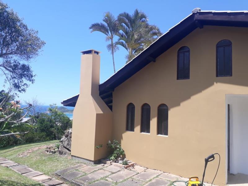 Casa-Codigo-1456-para-alugar-no-bairro-Praia-Mole-na-cidade-de-Florianópolis