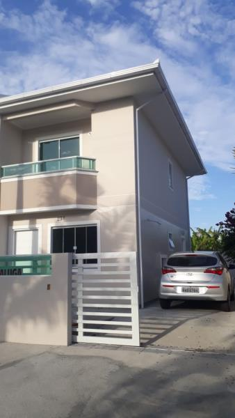 Casa-Codigo-1472-para-Alugar-no-bairro-Lagoa-da-Conceição-na-cidade-de-Florianópolis