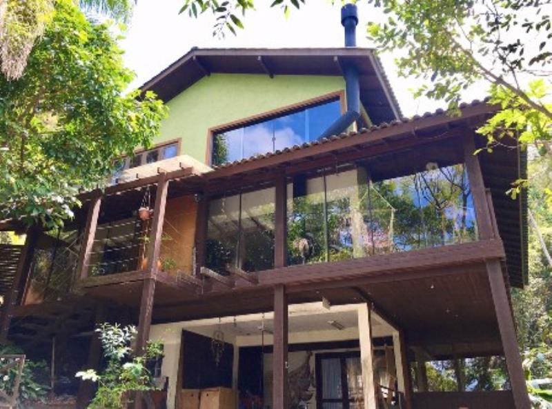 Casa-Codigo-1476-a-Venda-no-bairro-Lagoa-da-Conceição-na-cidade-de-Florianópolis