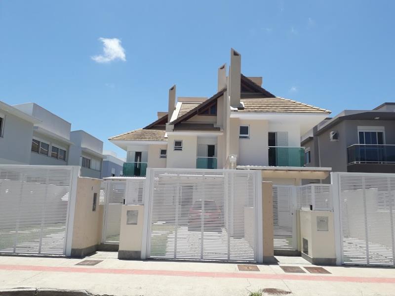 Casa-Geminada-Codigo-1479-para-alugar-no-bairro-Barra-da-Lagoa-na-cidade-de-Florianópolis
