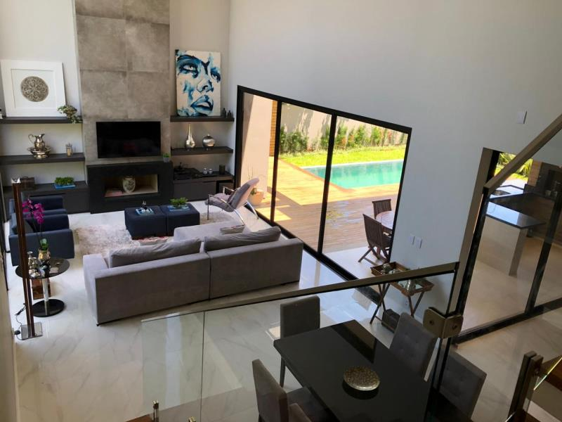 Casa-Codigo-1483-a-Venda-no-bairro-Lagoa-da-Conceição-na-cidade-de-Florianópolis