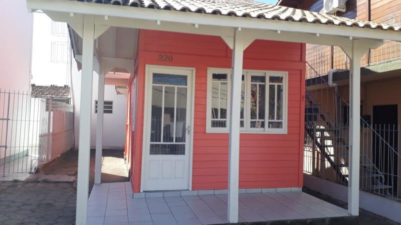 Casa-Codigo-1523-para-alugar-no-bairro-Lagoa-da-Conceição-na-cidade-de-Florianópolis