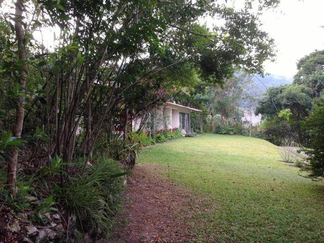 Casa-Codigo-117-a-Venda-no-bairro-Lagoa-da-Conceição-na-cidade-de-Florianópolis