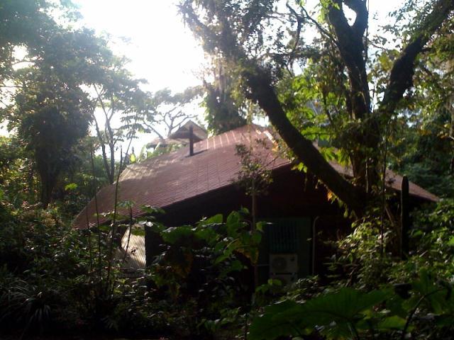 Casa-Codigo-129-a-Venda-no-bairro-Costa-da-Lagoa-na-cidade-de-Florianópolis