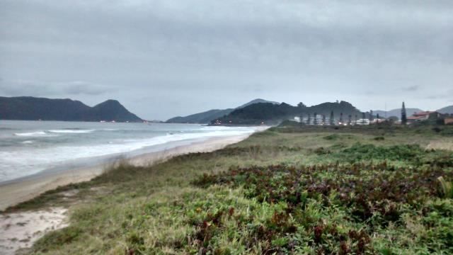 20. Vista do costão da praia do Morro das Pedras