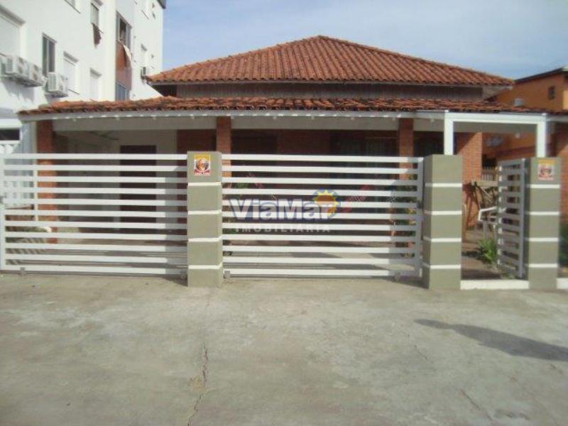 Casa Código 174 a Venda  no bairro Centro na cidade de Tramandaí
