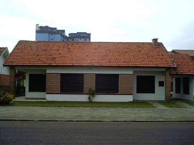 Casa Código 2739 a Venda  no bairro Centro na cidade de Tramandaí
